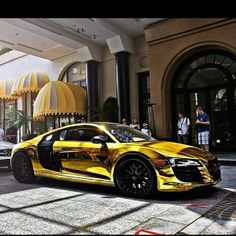 Gold Chrome Audi R8