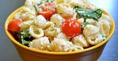 Υγεία - Οι σαλάτες που περιέχουν ζυμαρικά είναι ένα από τα πιο δημοφιλή πιάτα του καλοκαιριού. Σας κρατάνε χορτάτους για πολύ περισσότερο από ότι μια κλασική σαλάτ