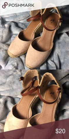MUST GO ‼️ H&M Platform Espadriles in Rose. H&M Gorgeous Platform Shoes in Rose. Faux Leather and Suede. Price is FIRM. H&M Shoes Espadrilles