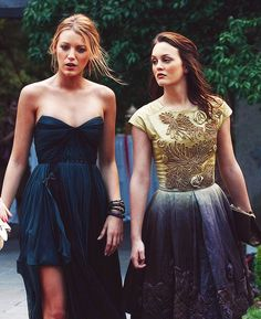 Blake Lively as Serena Van Der Woodsen & Leighton Meester as Blair Waldorf…
