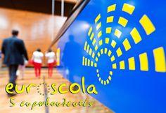 Το Ελληνικό Κολλέγιο Θεσσαλονίκης πρώτο και στον Ευρωπαϊκό Διαγωνισμό Euroscuola  Το Ελληνικό Κολλέγιο Θεσσαλονίκης εξέλεξε και φέτος 5 ευρωβουλευτές οι οποίοι θα εκπροσωπήσουν την πατρίδα μας στο Ευρωπαϊκό Κοινοβούλιο συνεχίζοντας την επί σειρά ετών επιτυχημένη παρουσία των Εκπαιδευτηρίων μας στον Ευρωπαϊκό Διαγωνισμό Euroscuola.