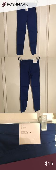 H&M Skinny Super Stretch Royal Blue Denim Pants H&M Skinny Super Stretch Royal Blue Denim Pants NWT High elasticity, shape that will last. The perfect color to transition from winter to spring! H&M Jeans Skinny