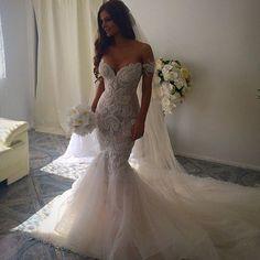 Gorgeous Sexy Tulle Applique Lace Elegant Long Wedding Dresses, WG661