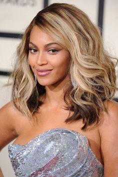 Os trocentos cabelos de Beyoncé. Porque ela pode!!!