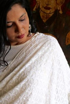'Jaali' or trellises on the paisleys along the border of this dupatta are… Indian Embroidery, Hand Embroidery, Embroidery Designs, Salwar Kameez, Kurti, Pakistani Fashion Casual, Different Stitches, Georgette Fabric, Indian Outfits