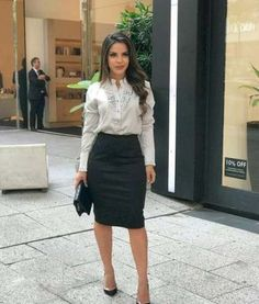 Trendy Dress For Work Business Professional Attire Heels Ideas - Adrianna Torres - #Adrianna #Attire #Business #dress #heels #Ideas #Professional #torres #Trendy #Work Office Outfits Women, Casual Work Outfits, Business Casual Outfits, Business Dresses, Work Attire, Classy Outfits, Trendy Outfits, Business Trendy, Outfits 2016