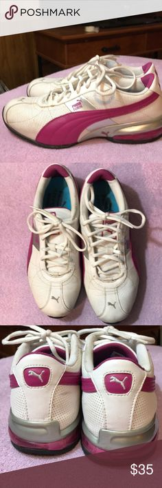 Women's Puma sneakers Great Puma sneakers in great shape with a lot of wear left. Well taken care. Size 7 Puma Shoes Athletic Shoes