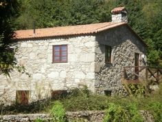 3 bedroom stone villa in Arcos de Valdevez, Viana do Castelo, Minho,  Portugal - 3 bedroom stone villa, fully recovered, situated near Arcos de Valdevez and Ponte da Barca. 3 bedrooms, 2 bathrooms, living/ dining room / kitchen with fireplace, central heating, in front of a stream in a quiet place. Ideal for holidays and weekends. - http://www.portugalbestproperties.com/component/option,com_iproperty/Itemid,16/id,959/view,property/#