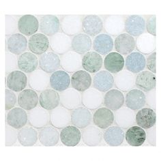 Marmor Penny Runde Mosaik: Marine Blend – Azul Celeste, Ming Green, Thassos Source by Penny Round Tiles, Penny Tile, Stone Mosaic Tile, Mosaic Tiles, Cement Tiles, Wall Tiles, Hexagon Tiles, Marble Mosaic, Shower Remodel