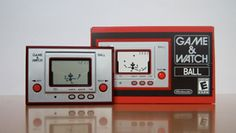 Club Nintendo: reissue of Ball, the first Game and Watch. (I have an original one of these *8-) Mobiles, Console, Game & Watch, First Game, Retro Toys, Nintendo Games, Games For Kids, Arcade, Childhood