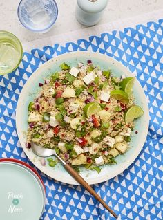 This juicy Summer Pineapple, Lime and Feta Quinoa Salad is sure to be your new favourite slimming friendly lunch. Quinoa Salad Recipes, Lunch Recipes, Easy Dinner Recipes, Healthy Recipes, Healthy Options, Free Recipes, Dinner Ideas, Clean Eating Recipes, Healthy Eating