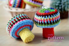 crochet food | Happy Crochet Mushroom Ornaments (Pattern No. 015)