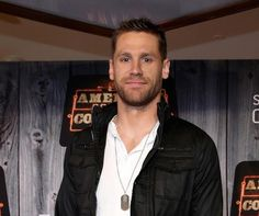 Chase Rice is looking mighty fine.