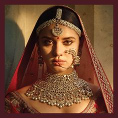 The quintessential Sabyasachi Bridal Jewelry crafted in 22k gold with uncut diamonds and South Sea Pearl detailing. For all jewellery related queries, kindly contact sabyasachijewelry@sabyasachi.com #Sabyasachi #SabyasachiJewelry #TheWorldOfSabyasachi