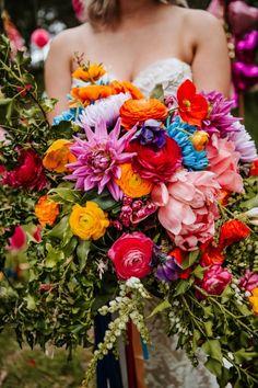 Polka Dot Wedding, Floral Wedding, Wedding Rustic, Wedding Vows, Bridal Flowers, Flower Bouquet Wedding, Bridal Bouquets, Rainbow Bouquet, Rainbow Flowers
