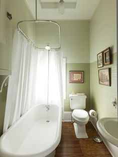 Traditional Home Clawfoot Tub Small Bathroom Design Ideas, Pictures, Remodel, and Decor Beautiful Small Bathrooms, Modern Small Bathrooms, Modern Farmhouse Bathroom, Bathroom Design Small, Bathroom Layout, Bath Design, Bathroom Ideas, Bathroom Designs, Mint Bathroom