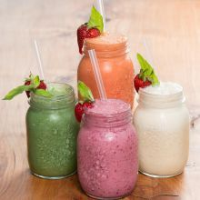 Smoothies at Toad Hall, Motueka