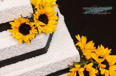 #Wedding #WeddingCake #Sunflowers #DericoPhotography @dericophoto