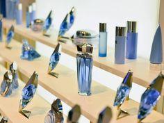 EXPOSITION TEMPORAIRE ANGEL AU GRAND MUSÉE DU PARFUM Tentez de gagner 2 places pour le Grand Musée du parfum à Paris, en répondant à la question suivante :