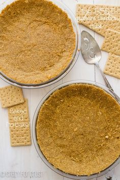 This is the BEST Graham Cracker Crust - for bake or no-bake recipes! This is the BEST Graham Cracker Crust - for bake or no-bake recipes! Graham Cracker Crust, Graham Crackers, Party Desserts, Just Desserts, Barres Dessert, Pie Dessert, Dessert Recipes, Pie Crust Recipes, Pie Crusts