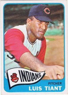 Luis Tiant rookie card: one of 5 from underrated Hall of Fame candidates. Read the story! Baseball Card Values, Old Baseball Cards, Baseball Star, Tigers Baseball, Reds Baseball, Football, Cleveland Team, Cleveland Indians Baseball, Mlb Players