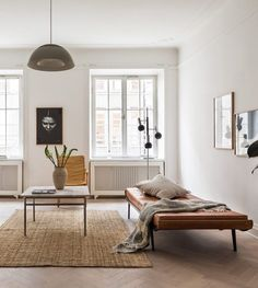 Spacious home in natural colors - via Coco Lapine Design blog