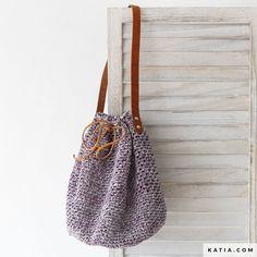 patroon breien haken dames tas lente zomer katia.com Free Knitting, Knitting Patterns, Crochet Patterns, Bag Patterns, Knitting Ideas, Bag Pattern Free, Easy Crochet, Crochet Bags, Chain Stitch