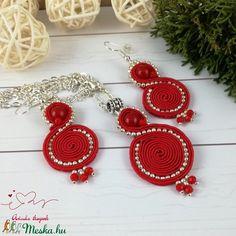 Piros tekercs sujtás nyaklánc fülbevaló szett esküvő alkalmi koszorúslány örömanya násznagy ünnepi elegáns (Arindaekszerek) - Meska.hu Crochet Earrings, Diy, Jewelry, Jewlery, Bricolage, Jewerly, Schmuck, Do It Yourself, Jewels