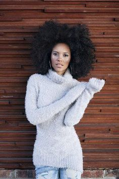 afro in winter, nice feminine pose Curly Hair Styles, Natural Hair Styles, Twisted Hair, Big Hair Dont Care, Hair Care, Pelo Afro, Pelo Natural, Natural Curls, Natural Hair Inspiration