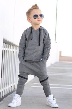 Dos and Don'ts While Shopping Baby Clothes Baby Outfits, Toms Outfits, Little Boy Outfits, Little Boy Fashion, Kids Fashion Boy, Toddler Boy Outfits, Toddler Fashion, Toddler Boys Clothes, Trendy Boy Outfits