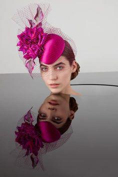 Philip Treacy Spring Summber 2020 collection photographed by Carolina Mizrahi Flapper Headpiece, Fascinator Hats, Pillbox Hat, Fascinators, Headpieces, Headdress, Victorian Fashion, Gothic Fashion, Philip Treacy Hats
