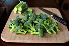 In this marinated broccoli recipe fresh broccoli is marinated and then roasted until toasty and caramelized. Truth: Broccoli has never tasted so good! Best Protein, High Protein Recipes, Protein Foods, Broccoli Benefits, Fresh Broccoli, Chefs, Marinated Broccoli Recipe, Eating Raw, Healthy Eating