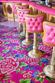 The Madonna Inn in San Luis Obispo, California. Bold, bright, over the top, and unique! Great for an adventure! Deco Originale, Everything Pink, Decoration, Interior And Exterior, Interior Design, Pretty In Pink, Kitsch, Larp, Road Trip