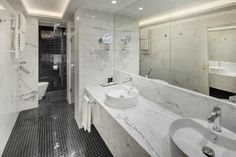 savoy hotel bathroom | Bathroom - Foto di Hotel Savoy, Praga - TripAdvisor