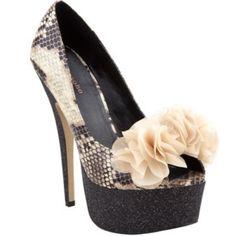 Printed Heels With Flower