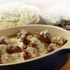 Vegetarian Quorn Italian Meatballs with Mushroom Sauce