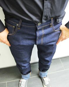 Ethical denim, men's Mud jeans review. Dark blue Jeans reviewed by Fashion Blogger. Recycle Jeans, Dark Blue Jeans, Ethical Fashion, Denim Pants, Mud, Highlights, Stylish, Clothes, Kleding