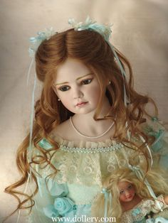 Porcelain Art Doll by Tom Francirek and Andre Oliveira Old Dolls, Antique Dolls, Vintage Dolls, Antique Lace, Pretty Dolls, Cute Dolls, Beautiful Dolls, Doll Toys, Barbie Dolls