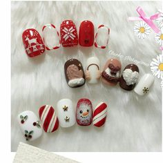 The above nails contain many elements: Christmas trees, dears, stars, socks, snow and Santa Claus. Pick one of your favorite and go to have it. Cute Christmas Nails, Christmas Manicure, Xmas Nails, Christmas Nail Designs, Holiday Nails, Christmas Trees, Christmas Girls, Winter Nail Art, Winter Nails