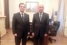 الوكالة العربية للصحافة أبابريس - المدير العام للإيسيسكو يلتقي برئيس اللجنة الحكومية المكلفة بالعلاقات مع الهيئات الدينية في جمهورية أذربيجان - اخبار