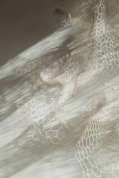 Ann Sunwoo. Memory of skin Paper sculpture