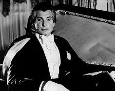 Dracula actors list - George Hamilton, Love at First Bite - 1979 (*5.8)