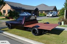 Holden HZ One Tonner 1981 - Awesome grape colour paint...