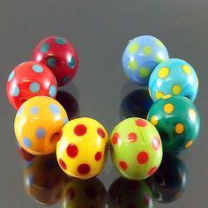 PIKALDA=handmade lampwork 8 glass beads rainbow vivid set=COLORFUL DOT=SRA