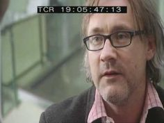 Andrew Graham-Dixon talks to Damien Hirst.mp4