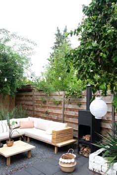 Terrace Gardening – Different Garden Design Diy Outdoor Furniture, Garden Furniture, Outdoor Decor, Backyard Landscaping, Pergola Patio, Patio Fence, Small Backyard Patio, Garden Design Plans, Garden Makeover