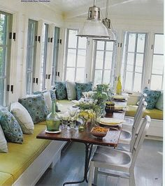 love this common dining room