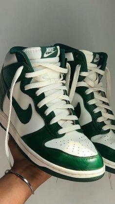 Sneakers Fashion, Fashion Shoes, Shoes Sneakers, Jordan Shoes Girls, Girls Shoes, Prada, Swag Shoes, Nike Air Shoes, Aesthetic Shoes