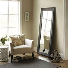 Decorative Wall Mirror Threshold Brown