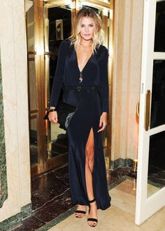 Channel Tori Praver's endless-summer vibe with her 8 beauty rules